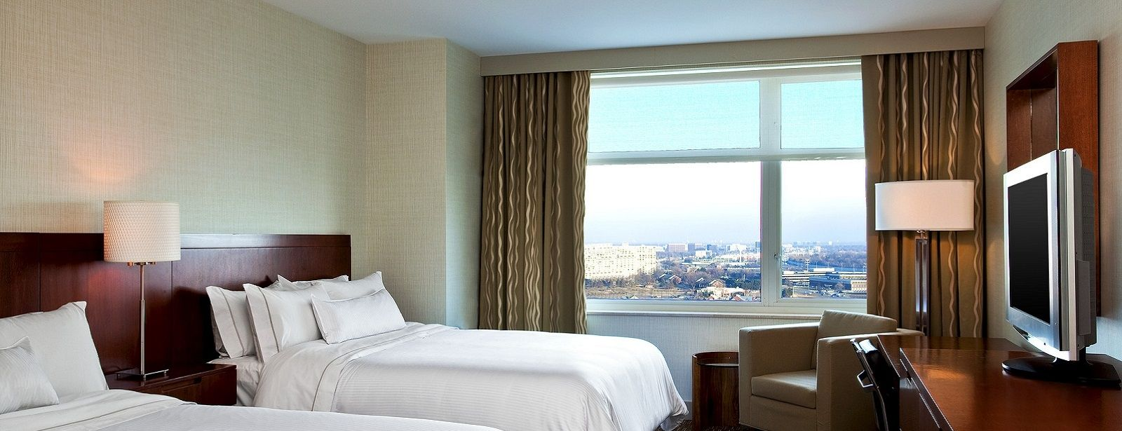 Lombard Hotel Rooms - Westin Executive Club Rooms